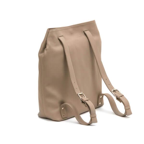 bezowy-plecak